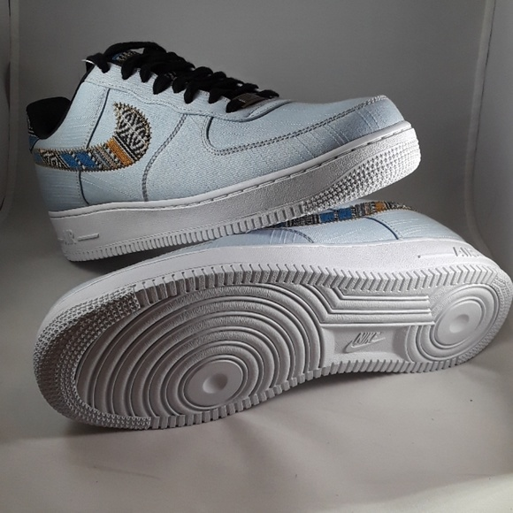 Nike Air Force 1 07 LV8 (negotiable price)